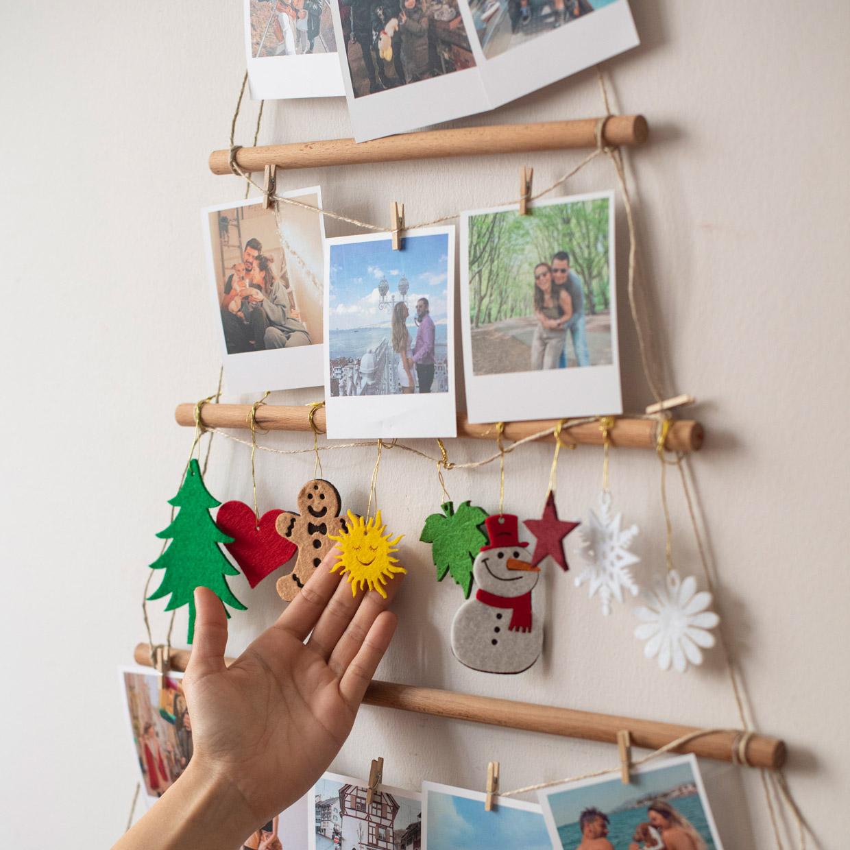 Wooden Memory Tree with Retro Print - 20 Pcs.