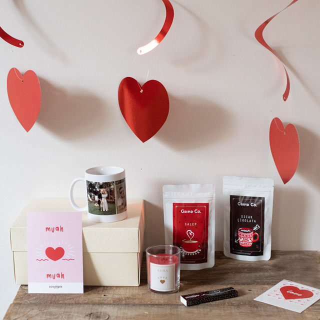 Romantic Gift Box