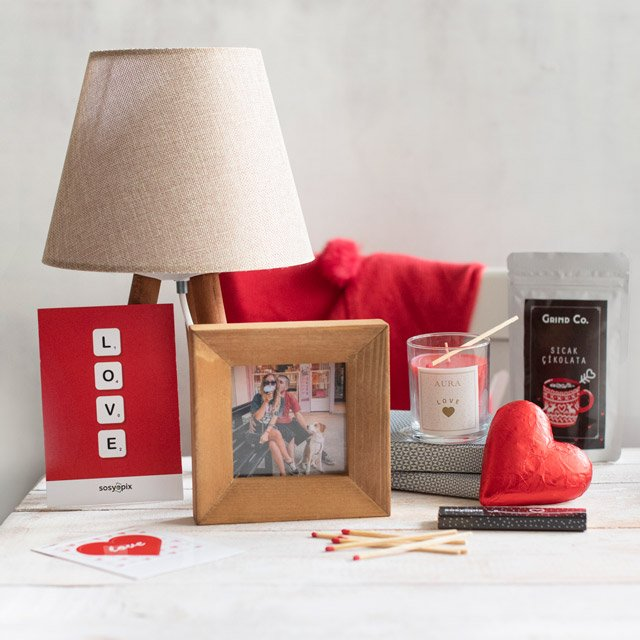 Loveful Gift Box