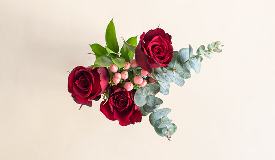 Red Velvet - Red Roses Bouquet