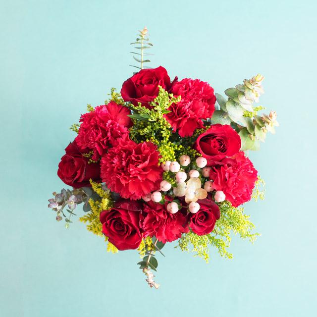 Red Velvet - Kırmızı Gül ve Karanfil Buketi