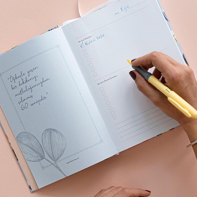 Çiçekli Planlayıcı Ajanda