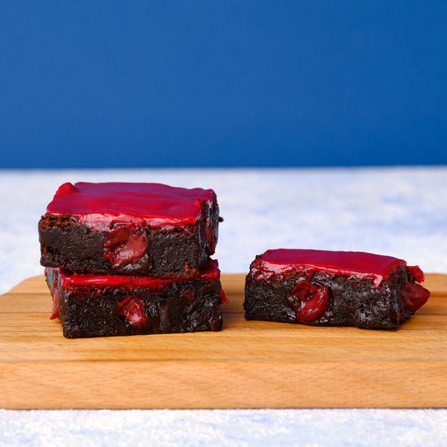 Haz Kırmızısı Brownie ve Cookie Kutusu - 8 Adet