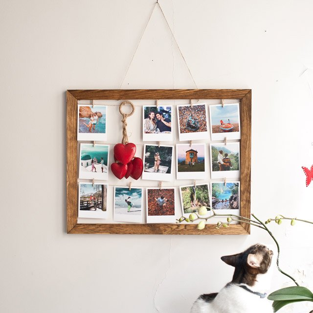 Wooden Wall Frame with Retro Prints - 20 Pcs.